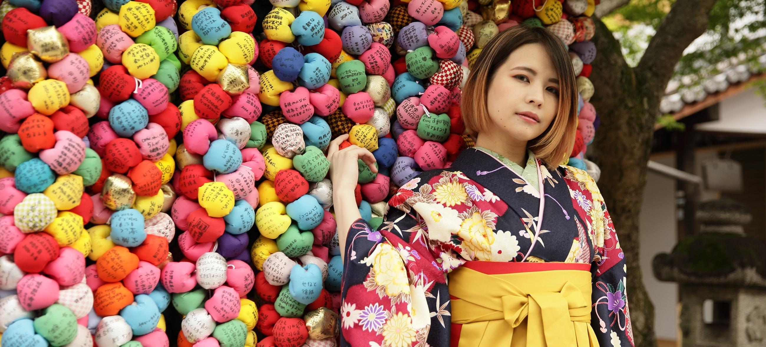 成人記念・七五三・卒業式に振袖・着物・袴で撮影