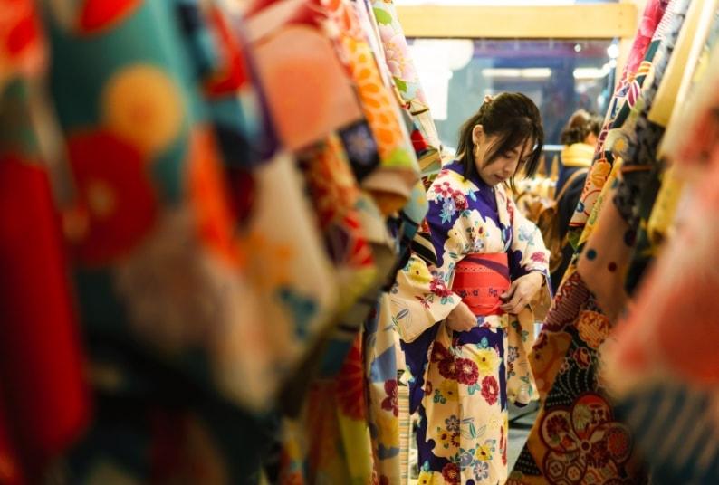 京都写真館和華へお打ち合わせ・お衣装合わせ
