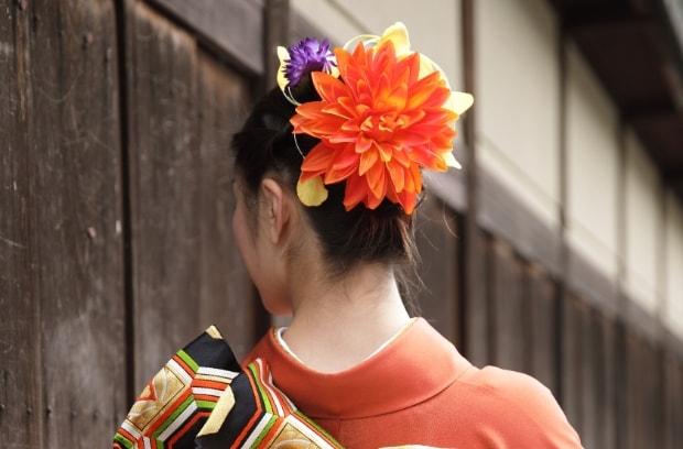豪華なヘアアレンジ